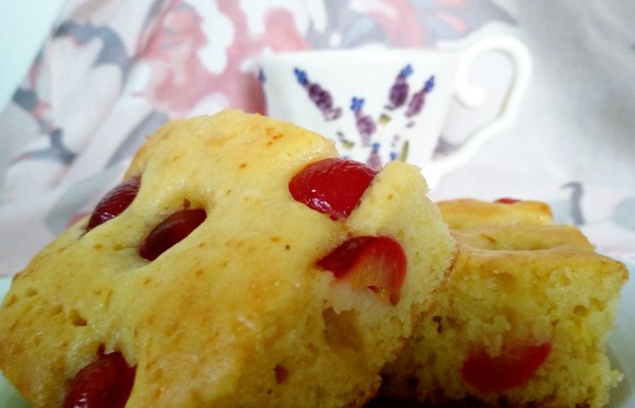 Gyors cseresznyés meggyes kevert sütemény