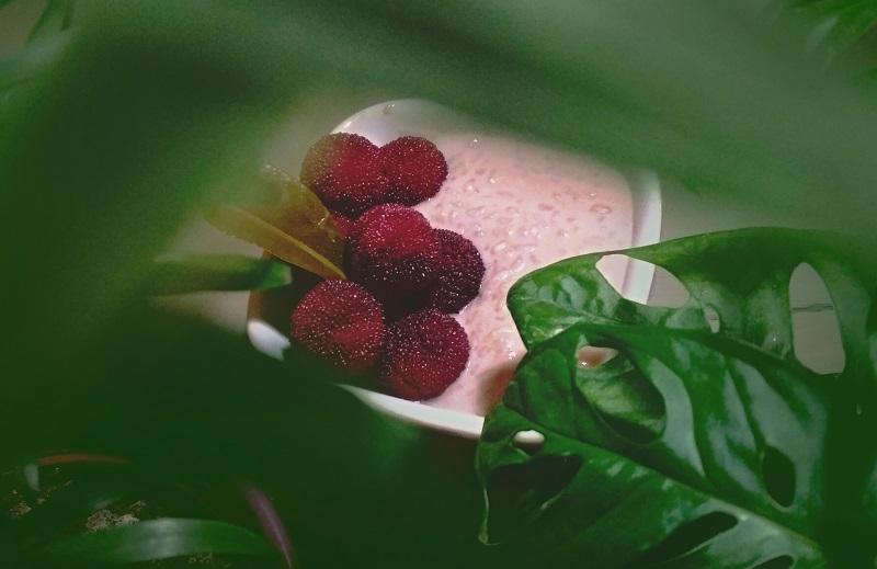 Egzotikus ízeket kölcsönös az arbutus és a kaffir lime levél a tejberizsnek